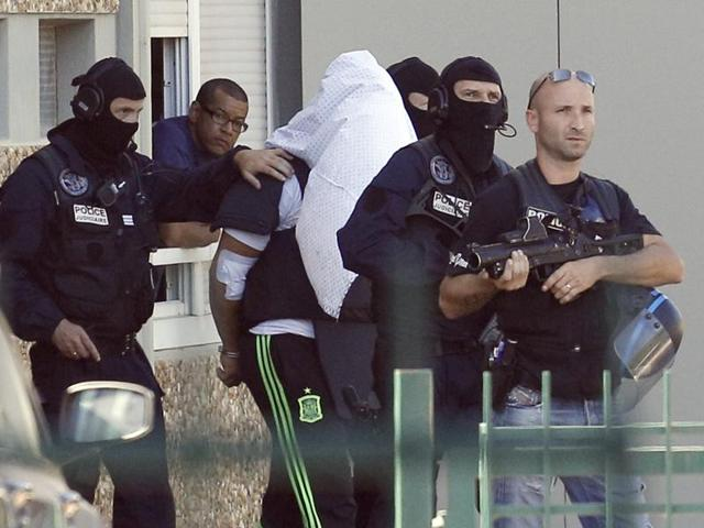 Yassin Salhi,France,Suicide