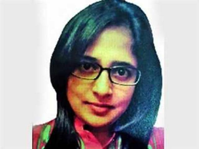 Fareena Arshad, the second secretary (political) at the Pakistan high commission in Dhaka, left by a PIA flight on Wednesday afternoon after Bangladesh asked Pakistan to recall her in 72 hours.