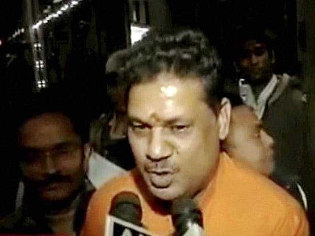Suspended BJP leader Kirti Azad talking to the media in New Delhi on Wednesday.
