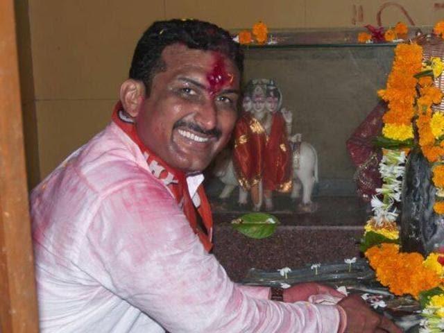 Pappu Gunjal  was the Shiv Sena corporator from ward number five of Ambarnath Municipal Corporation.