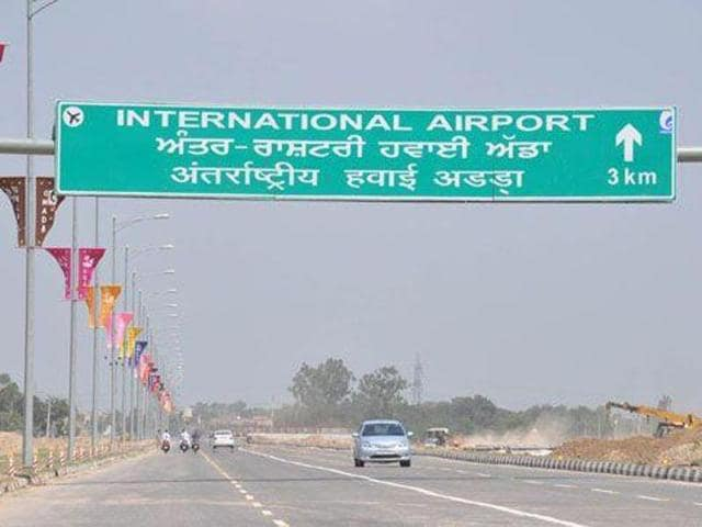 The Mohali Industry Association (MIA) has filed a public interest litigation (PIL) in the Punjab and Haryana high court with regard to international flights not being started from the international airport at SAS Nagar even three months after its inauguration.(HT PHOTO)