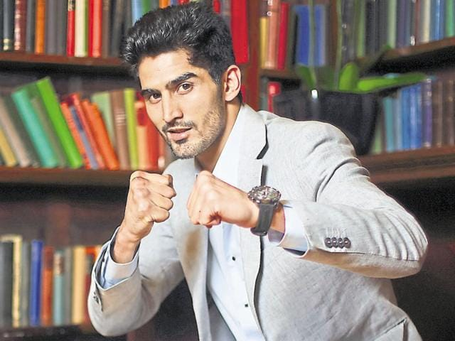 Vijender Singh poses for a photo after a press conference at the Cinnamon Club on June 29, 2015 in London.(Getty Images)