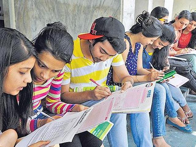 5 Students booked for using class 12 certificates(HT PHOTO)