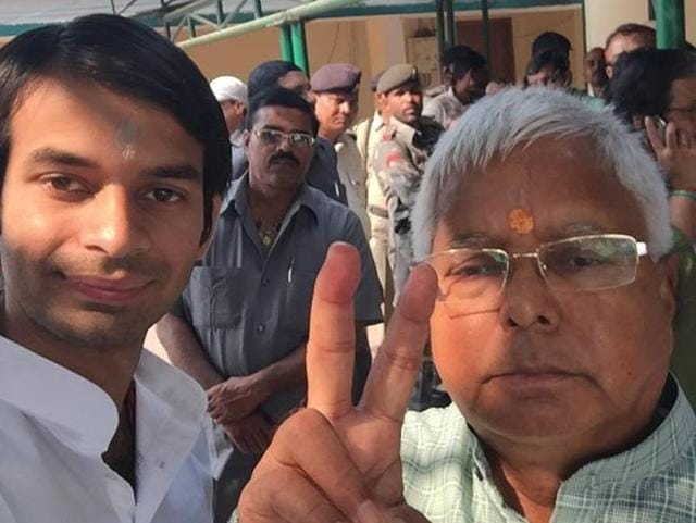Accompanied by a posse of security personnel and a trained jockey on another horse, Yadav junior rode the half km distance from his parents' home at 10, Circular Road to his official residence at 5, Deshratna Marg.(Photo: Tej Pratap's facebook page)