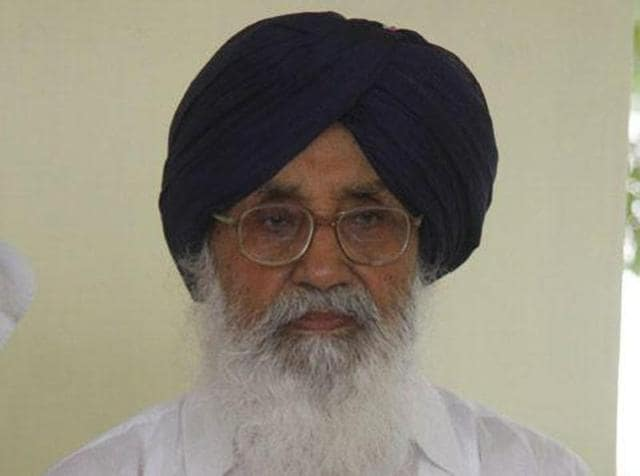 Amid slow build-up at the Shiromani Akali Dal (SAD) rally on the second day of Shaheedi Jor Mela in Fatehgarh Sahib, chief minister Parkash Singh Badal did his best to sell his party's Panthic agenda, with an eye on the 2017 state elections.