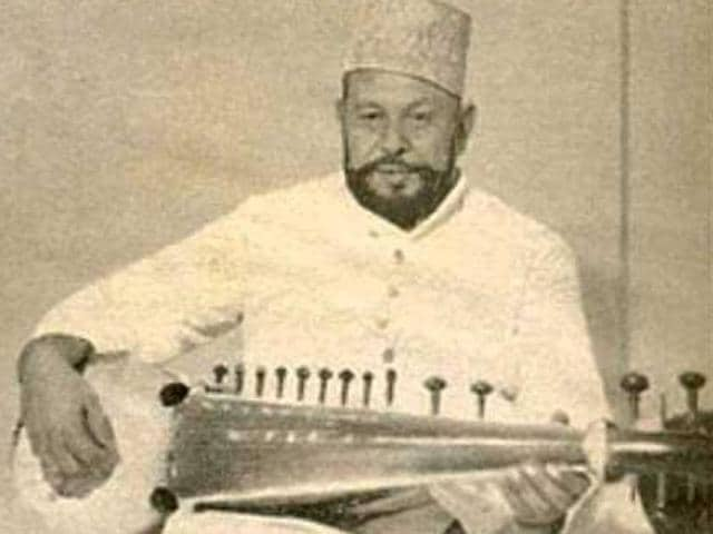 The legendary musician Ustad Haafiz Ali Khan devoted his entire life to his craft.