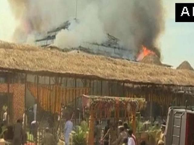 A fire broke out at the pandal of the yagna on December 27, 2015 in Medak of Telangana. The yagna was being performed by chief minister K Chandrasekhar Rao.