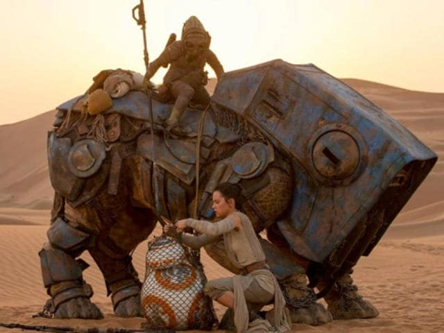JJ Abrams' installment of Star Wars also posted the biggest Christmas Day box office in history with $49.3 million and the best second-weekend earnings with $153.5 million.