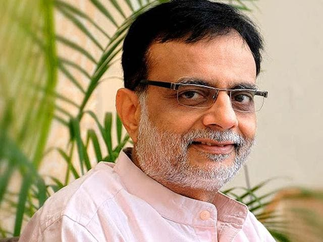 Hasmukh Adhia, Financial Services secretary, has announced that the Centre is open to any proposal for out-of-court settlements of retrospective tax issues.
