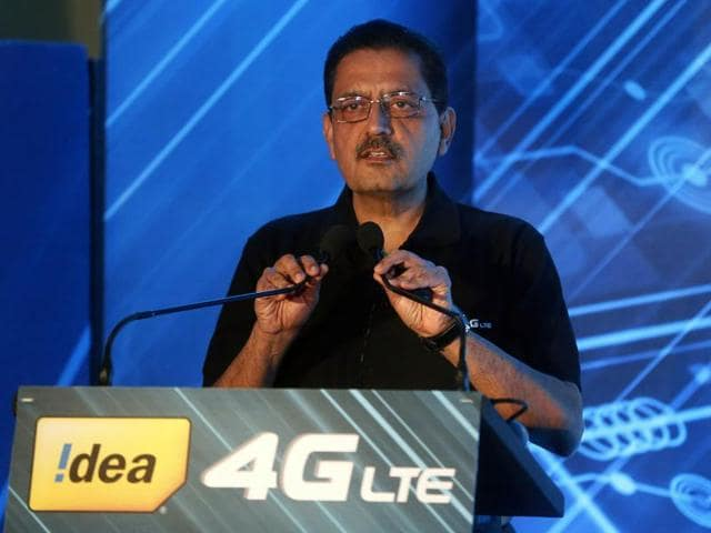 Himanshu Kapania, Idea Cellular's Managing Director, speaks during a news conference in Mumbai, India, December 23, 2015.(REUTERS Photo)