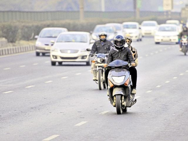 The Gurgaon expressway witnessed 104 accidents in 2014 and close to 100 till November 2015, according to data compiled by the traffic police.