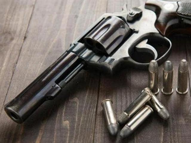 Student shoots his friend,Muzaffarnagar,Shooting in tuition class