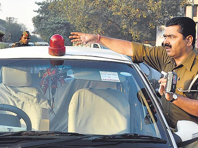 Red beacons,PMO,Road ministry