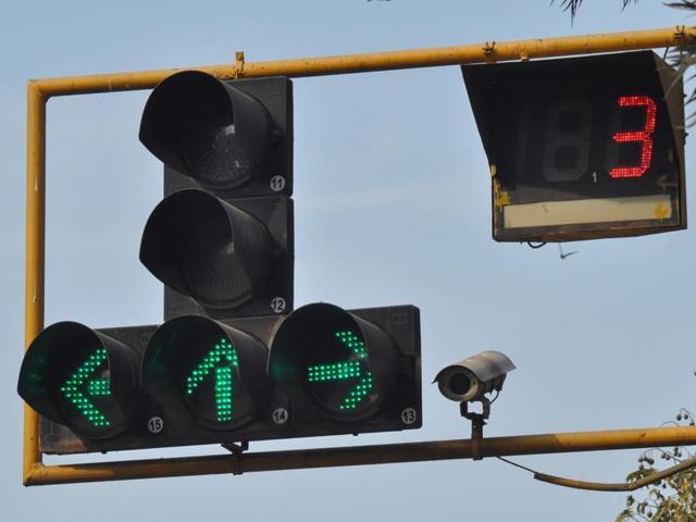 CCTV Camera installed on sector 17 traffic lights.