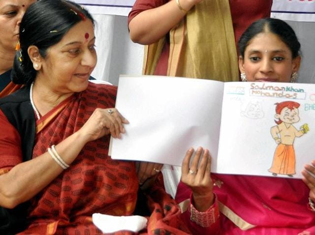 Minister of external affairs Sushma Swaraj with Geeta, a deaf and mute woman who returned to India after being stranded in Pakistan for over a decade.