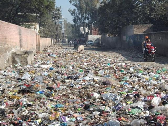 Most of the localities in the town have turned into garbage dumps. The blocked sewerage is also overflowing in many parts of the town, putting the local administration in a piquant situation.