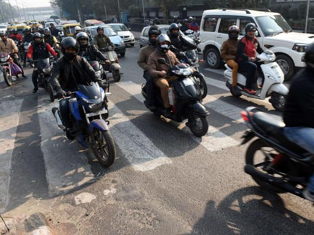 Millions of Delhi residents will have to find alternative ways to work from January 1, 2016, when authorities impose restrictions on cars to try to clean up the world's most polluted capital.(AFP)
