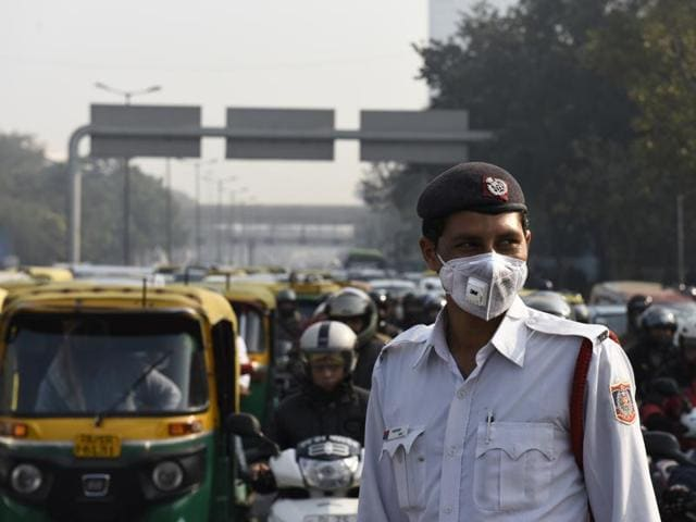 29 Union minister vehicles were without the mandatory pollution under control certificate, a day before the odd-even road rationing rule kicks in.