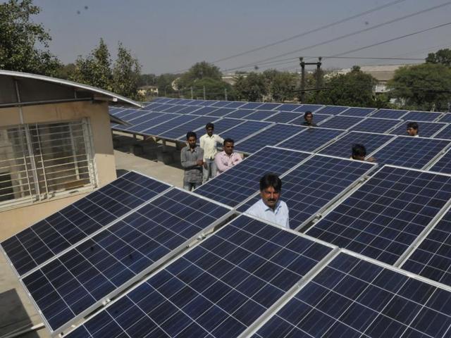 solar power capacity,Madhya Pradesh,solar power plant in Dammakhedi