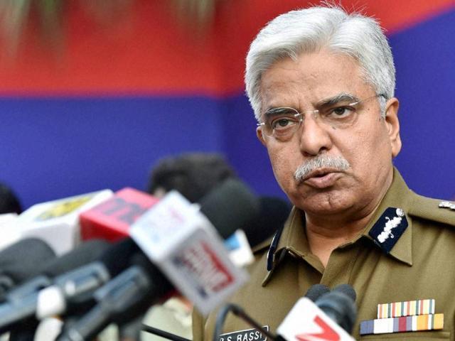 New Delhi: Delhi Police Commissioner BS Bassi address a press conference during a new year get together at Delhi Police headquarters in New Delhi.