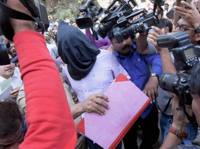 Hema Upadhyay Murder case accused Chintan Upadhyay being produced in a court, in Mumbai.