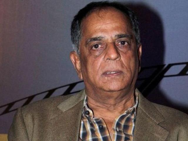 Filmmaker Shyam-Benegal will head a committee that will look into revamping of the censor board.