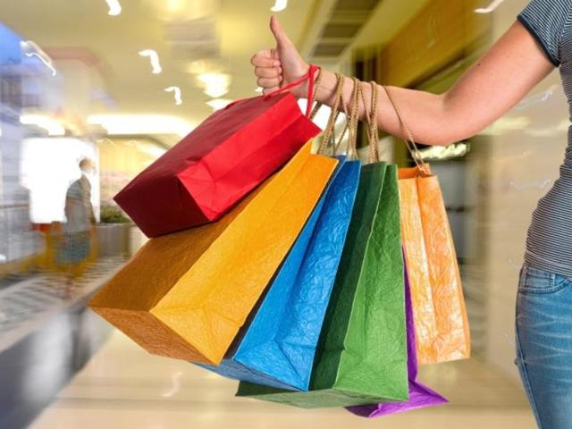 Budget 2016: Branded apparels to get expensive