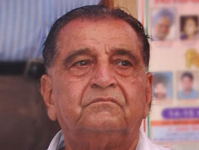 Former vidhan sabha speaker Harnam Das Johar, 83, passed away on Sunday morning.