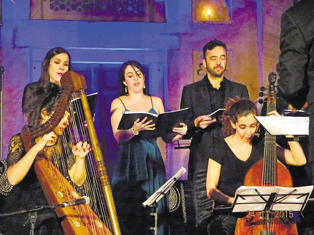 Ensemble La Grande Chapelle performs early sacred music at the old Akbar Fort in Ajmer.
