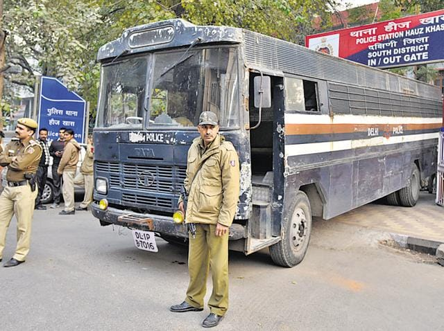 Delhi Police personnel shifted criminals to another prisoner transport vehicle on Saturday after an undertrial was beaten to death by three prisoners when they were being transported back to Tihar Jail from Saket court after the day's court proceedings.