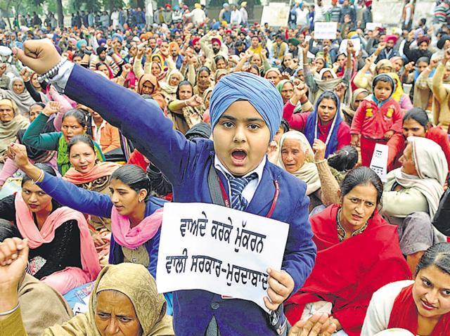 Protests,Patiala,Unemployed Linemen Union