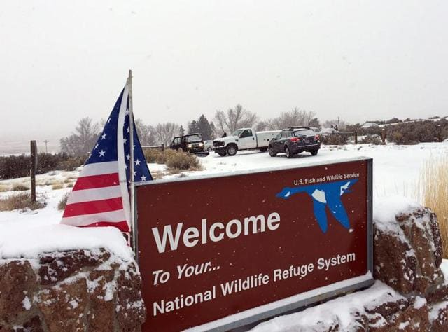Arizona cattle rancher LaVoy Finicum leads a tour through the Malheur National Wildlife Refuge near Burns, Oregon January 3, 2016. A group of self-styled militiamen occupied the headquarters of a US wildlife refuge in eastern Oregon in a standoff with authorities over jail sentences handed out to two ranchers.