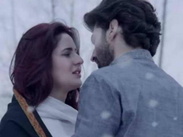 Tabu essays the role of Beghum Hazrat in Katrina Kaif-Aditya Roy kapur-starrer Fitoor.