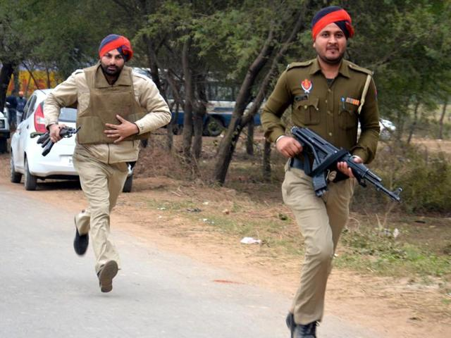 Pathankot airbase attack,Punjab Police,India-Pakistan border