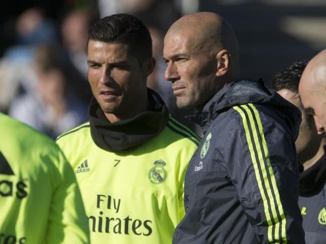 Zinedine Zidane,Real Madrid,Rafa Benitez
