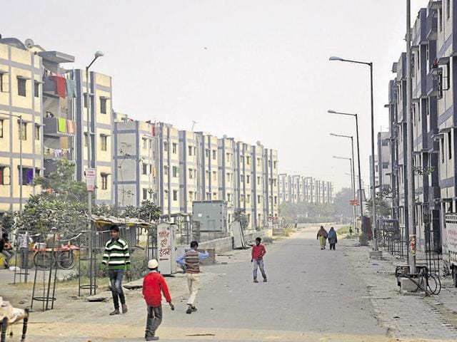 Ghaziabad development authority,economically weaker sections,lower income groups