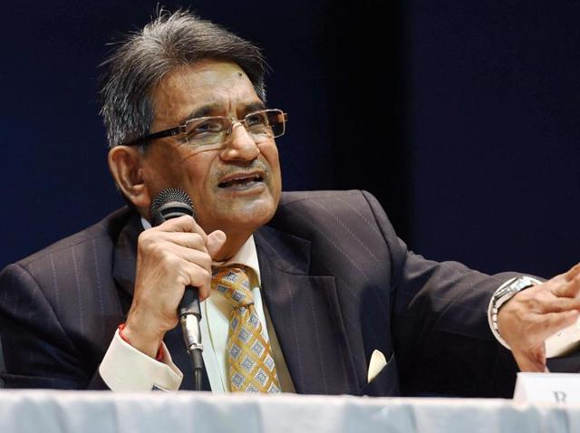 Justice R M Lodha addressing a press conference after tabling the committee's report in New Delhi.