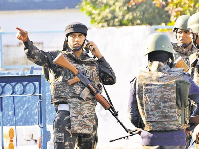 NSGtroopers inside the Pathankot airbase after the assault by Pakistani terrorists. Questions have been raised about NSG troops being deployed to tackle the security breach instead of some of the special forces' units attached to the army.