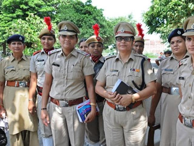 Central police forces,Women police quota,Rajnath Singh