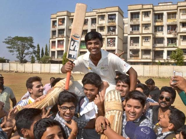 Mumbai teenager Pranav Dhanawadebecame the first cricketer ever to notch up a four-figure score by smashing an unbeaten knock of 1,009.