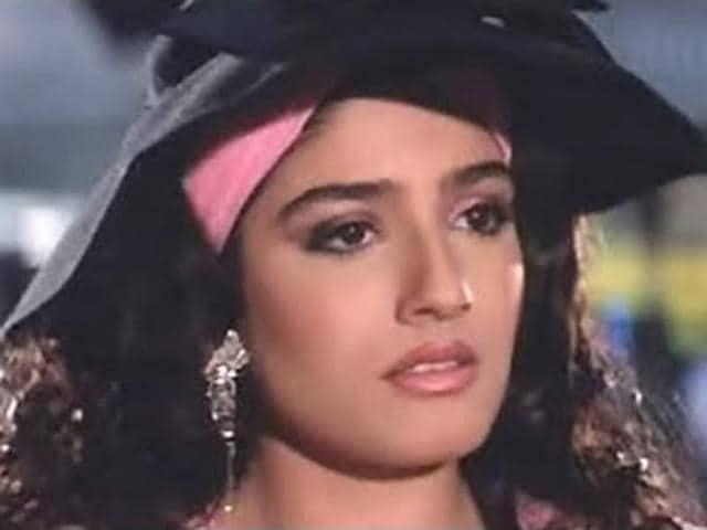 Andaaz Apna Apna,Raveena Tandon,Salman Khan