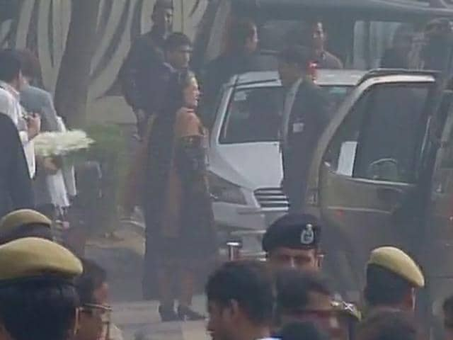 Daughter of  Mufti Mohammad Sayeed and PDP president Mehbooba Mufti reaches AIIMS, Delhi