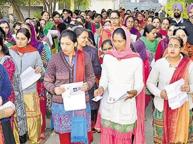 The order came on petitions filed by Daljit Kaur of Sangrur and Ajay Singh of Patiala, among others, in which the correctness of answer key for PSTET, 2015, was challenged.