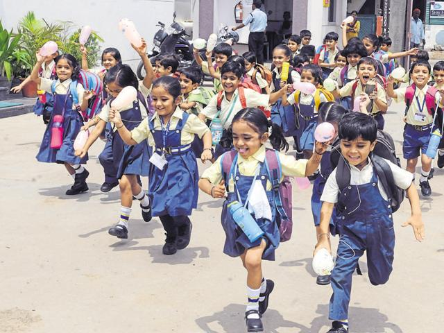 CBSE has asked all the schools affiliated to it to ensure that food items like chips, ready-to-eat noodles etc. are not available at canteens and within 200 meters of the school premises.