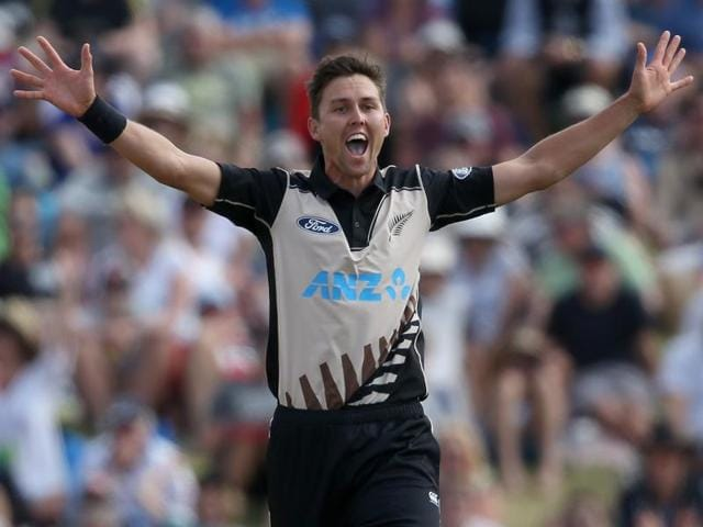 New Zealand players celebrate the wicket of Sri Lanka's Chamara Kapugedera during the first Twenty20 match between at the Bay Oval in Mount Maunganui on January 7, 2016.