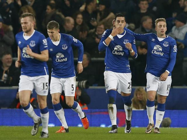 Romelu Lukaku (centre) scores the winner for Everton during their League Cup match against Manchester City at Goodison Park on January 6, 2016.