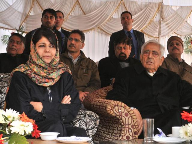 Jammu and Kashmir chief minister Mufti Mohammad Sayeed, who passed away on Thursday, with People's Democratic Party president Mehbooba Mufti during a public rally at Sher-i-Kashmir Park in Srinagar.
