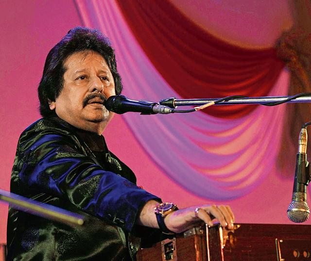 The veteran singer remembers the days when the genre ruled the roost; says he will sing for Bollywood films again if good offers come his way.
