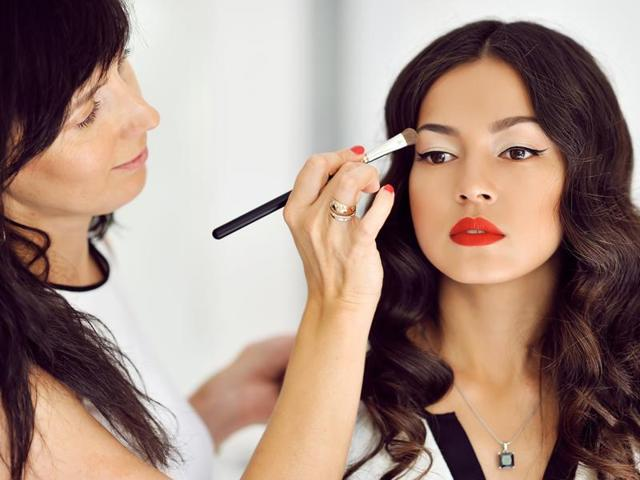 Here are five easy-to-keep beauty resolutions for 2016.