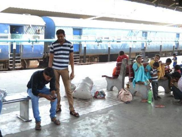 Passengers,Shatabdi,Kalka-New Delhi Shatabdi Express